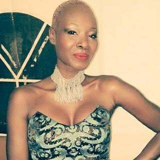 Fleur Mbaye menace une journaliste de VIPeoples.net. Une procédure de plainte est en cours