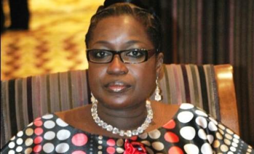 """Nouvelle recrue de l'Apr: Innocence Ntap Ndiaye ne veut pas être considerée comme une """"transhumante"""""""