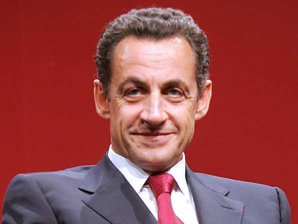 Sarkozy annonce qu'il ne reviendra pas en politique