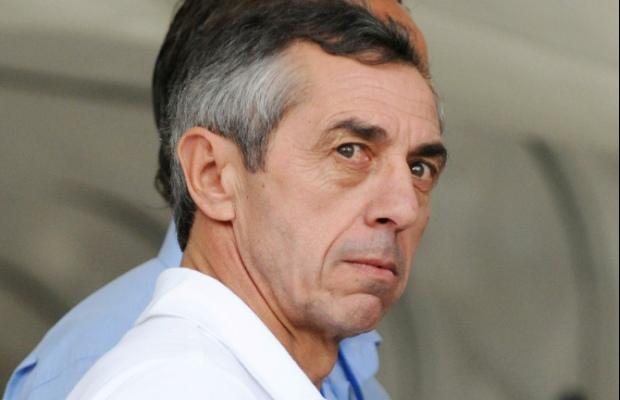 Football: Guy Roux découpe Giresse en morceaux