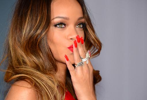 """Rihanna se confie au """"Before"""" de Canal+ : """"Dans chaque clip, je vais montrer mon cul !"""""""