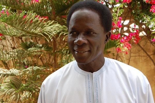 An 2 Macky Sall: Ibrahima Fall tire à bout portant sur le nouveau régime