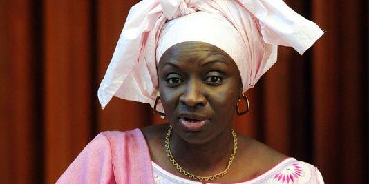"""Mimi Touré: """"Au Sénégal, ce sont souvent les voleurs qui crient au voleur"""""""