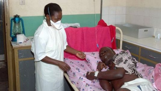 Ebola : l'Arabie suspend l'octroi des visas aux pèlerins de Guinée et du Liberia