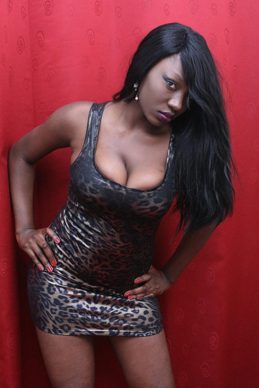 Samira Nicky Diop se fait complètement discrète