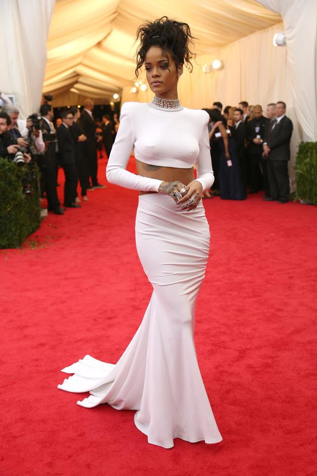 La robe de Rihanna qui fascine tout le monde