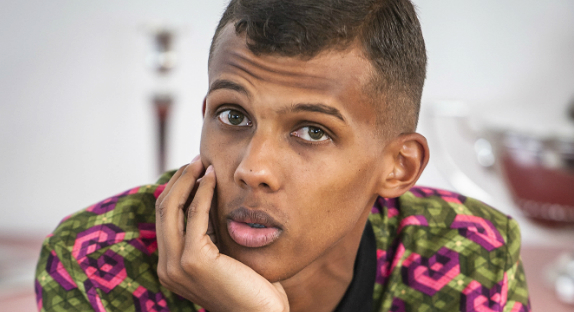 """Stromae : """"Je ne suis ni un symbole ni un porte-drapeau"""""""