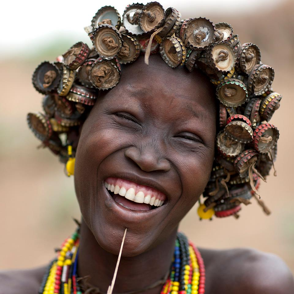 Cette dame fait des ravages dans son village