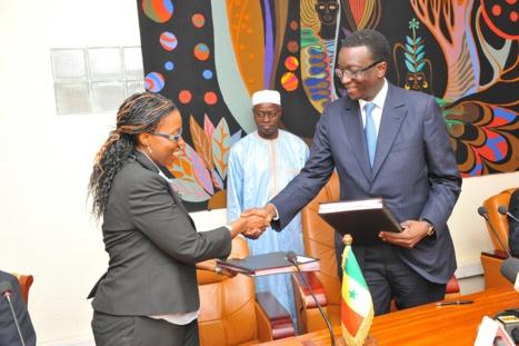 Photos - La Banque mondiale met 8 milliards pour le projet des Centres d'Excellence Africains pour le Sénégal