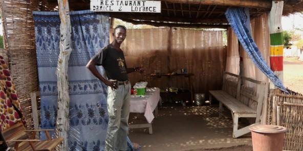 L'argent des Africains : Ibrahima, guide touristique au Sénégal – 381 euros par mois (Jeune Afrique)