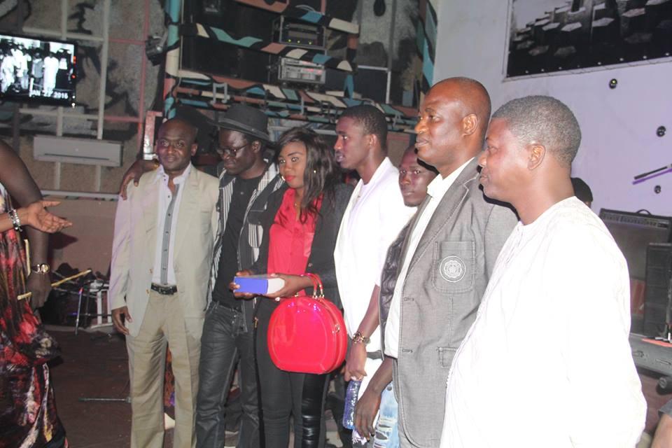 Papis NIANG Art BI Managemen  a été Honoré hier au Penc Mi par l'observatoire de la musique et des Arts du Sénégal ( OMART)
