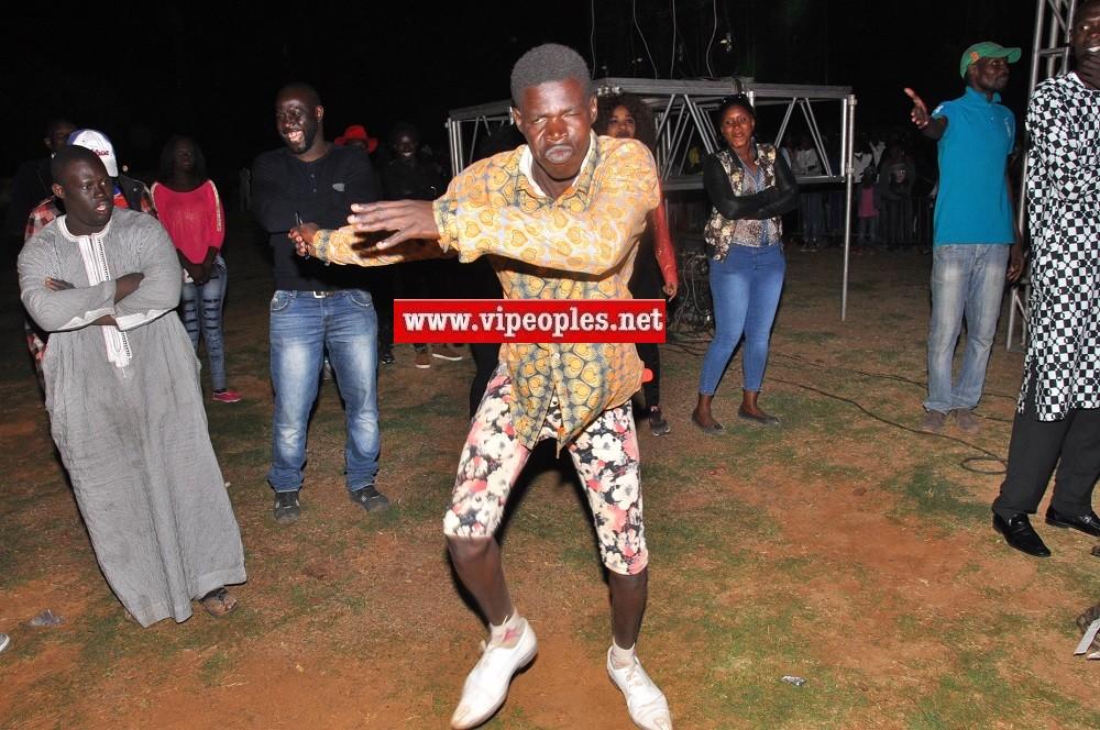 Arrêt sur images: Le nouveau guignol des danseurs. Regardez sans commentaire!