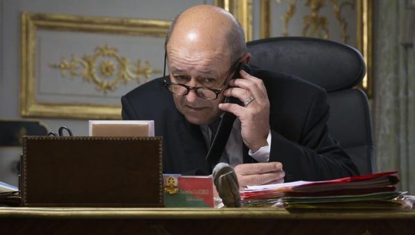France: Des escrocs se font passer pour Le Drian et tentent d'extirper des fonds à plusieurs chefs d'Etat africains