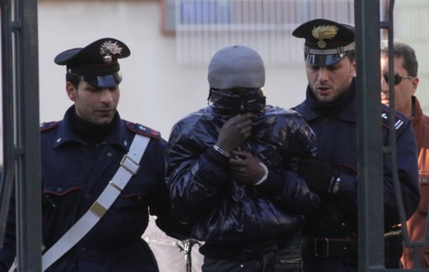 Turin : Un Sénégalais arrêté pour s'être fabriqué six identités