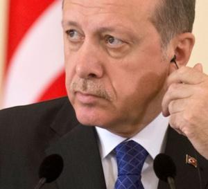 Le chef du Pentagone en visite en Turquie, allié turbulent