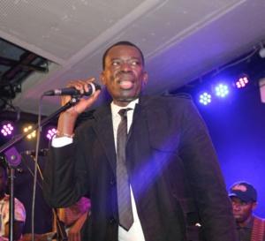 Asssane Ndiaye vous donne rendez-vous ce samedi à l'alize club pour sa derniére sortie avant le 04 février au Grand Theatre.