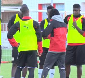 Santy Ngom : « C'est une… Fallou Diagne : « Prêt à saisir ma… Système de jeu : Aliou Cissé et sa défense à…