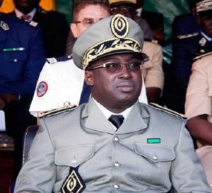 """Oumar Diallo ouvre une brèche pour les """"dealers douaniers"""" en Gambie"""