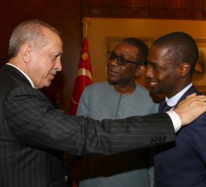 Bonne nouvelle pour Birane Ndour, Youssou Ndour, vient de lui porter à la…