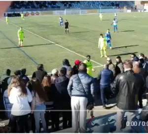 Moussa Wagué frappe un spectateur et se fait Expulser