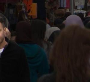 Attentats de Paris: Abdeslam mis en examen et incarcéré