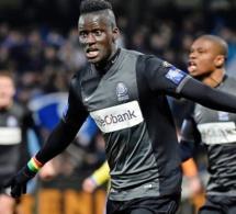 Vidéo: : But de Kara Mbodj avec son club Anderlechtface vs Genk (2-0)