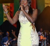 DEMB AK TAY: La diva Coumba Gawlo réussit 1H 30 de concert no stop à Sorano.