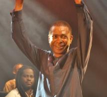 Youssou Ndour impressionnant au Bataclan, regardez