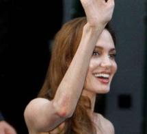 Angoissée par le divorce, Angelina Jolie est descendue à 34 kg