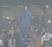 La prestation du rappeur DIP DOUNDOU GUISS pour la première fois au Palais des Congrés de Montreuil. Regardez