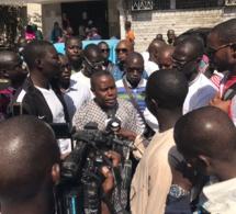 Marche: Les transitaires en colère contre le chef de subdivision des douanes de Mole 2 Ahmadou lamine Sarr.