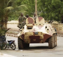 Urgent: Après les check-points, Yahya Jammeh sort ses chars dans les rues de la Gambie