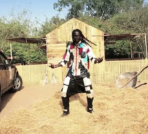 CLIP CARLOU D THIANT: VIDEO OFFICIELLE REGARDEZ