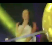 Vidéo : Quand Wally Seck chante « Paradise », Sokhna Aidara ne peut se retenir