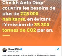 Macky Sall : « la centrale solaire Cheikh Anta Diop couvrira les besoins de 225 000 habitants, en évitant l'émission de 33 300 tonnes de CO2 par an »