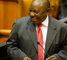 Afrique du Sud : pour son premier gouvernement, Ramaphosa fait du neuf avec du vieux