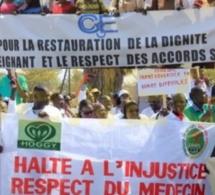 Le Collectif national de Défense du droit des sages-femmes et infirmiers APO, organise une marche de protestation en date du 8 Mars 2018