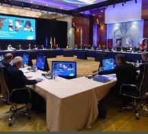 La FIFA menace de suspendre le Nigeria et le…