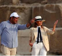 Arrêt sur image: Melania Trump visite les pyramides de Gizeh