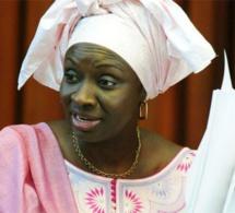 Aminata Touré, trafiquante de CV ? Par Ibrahima Sadikh Ndour Seneplus.com