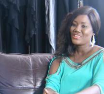 EXTRAIT DEF BUZZ: Mode & Musique, Adja OMBELICO se livre et fait des révélations sur Coumba Gawlo, Titi , Viviane , Adji Ouza, Pape Diouf etc...