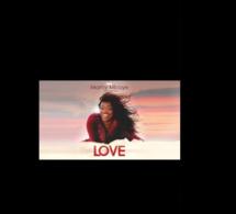 """VIDEO: Mamy Mbaye présente son futur """"bébé"""" LOVE ( extrait)"""