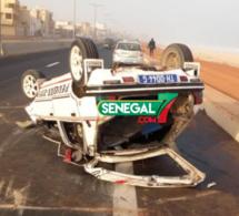 Urgent: Encore un accident sur la VDN , Une voiture se renverse à hauteur de Malibou
