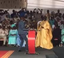 (vidéo) Après Macky, Youssou Ndour fait danser Me El Hadji Diouf