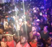 BIRKAMA : Le show concert de Pape Diouf à guichet fermé efface tout et laisse ses empreintes au Jokko Art. REGARDEZ