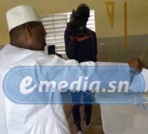 A Tivaouane, le ministre Abdou Ndéné Sall se trompe de bureau de vote, Médina : Seydou Guèye n'a pu voter, Matar Ba vote enfin après avoir cherché désespérément son bureau, Aminata Mbengue Ndiaye, son nom n'est pas sur la liste dans son bureau de vot