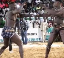Vidéo -L'intégralité du combat Tapha Mbeur Vs Mame Balla