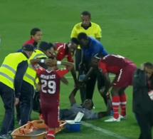 Les images choquantes de la blessure de Khadim Ndiaye, ses coéquipiers en larmes