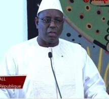 3e mandat : Macky Sall parle de « faux débat » et assure respecter ses engagements