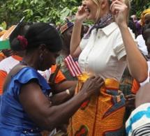 Les pas de danse de Ivanka Trump sur un rythme traditionnel ivoirien